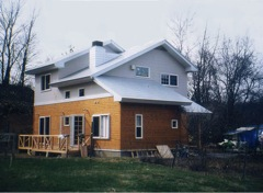 高原に建つ自然素材のオーガニックハウス