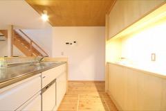 造作棚で作られたキッチン空間