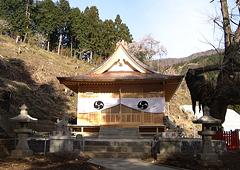 地元の神社を数百年ぶりに再建