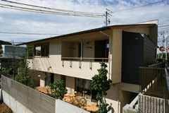 RC造、木造の混構造の家