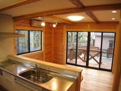 日本の伝統工法:板倉造りの家