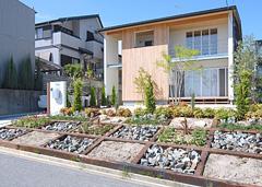 スクエアを基調とした健康住宅